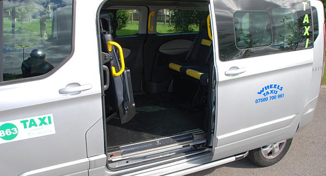 8-seater-taxi-newbury-thatcham-3